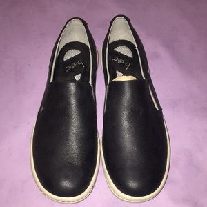 New BOC Black Leather Slip On Loafers 9.5
